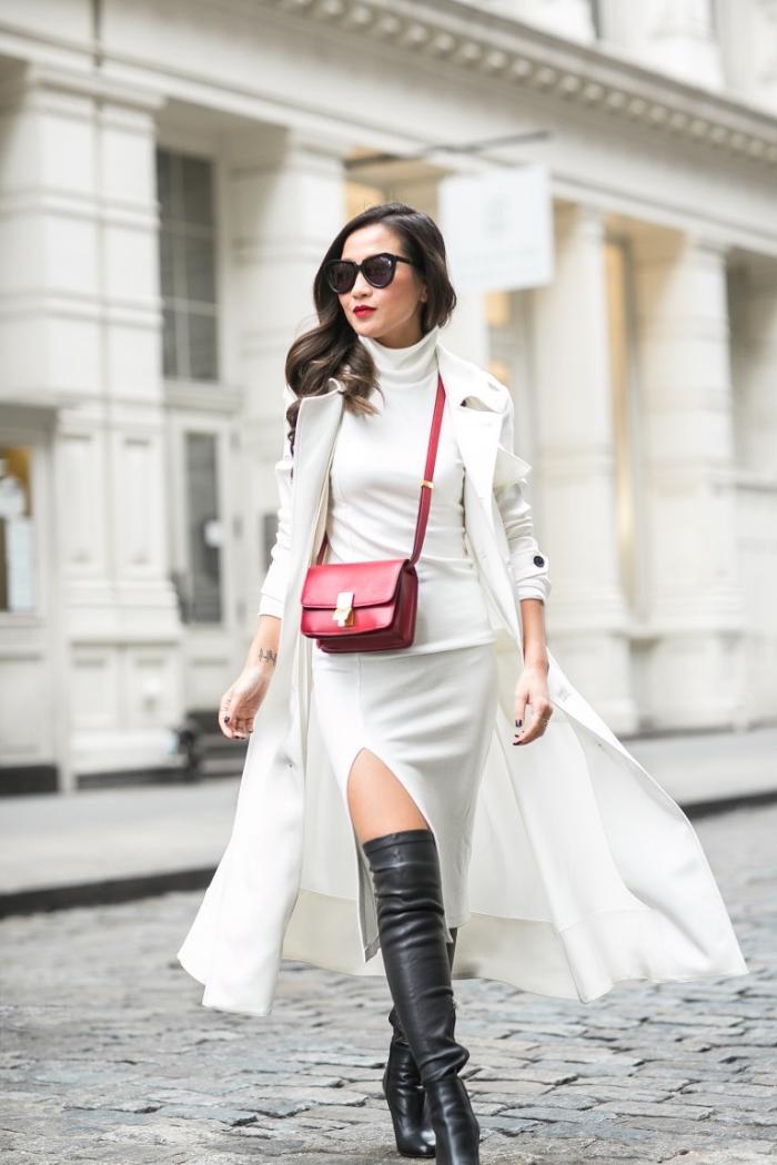 comment bien s'habiller en robe de soirée longue combinée avec bottes genoux noires et veste longue en blanc