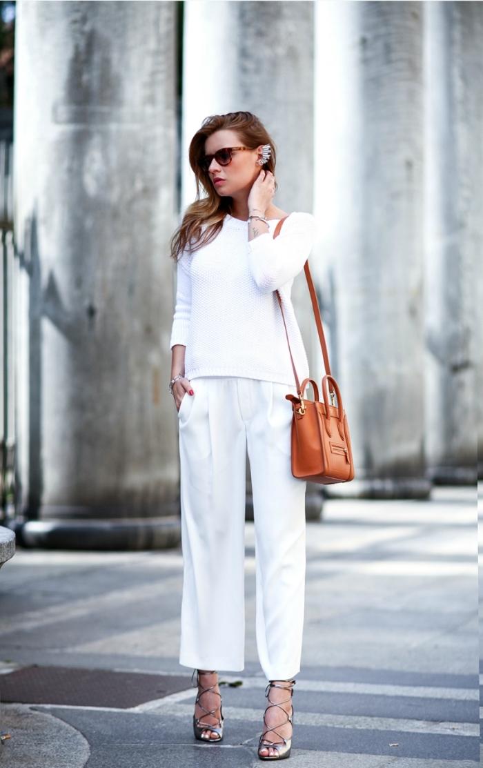 mode femme stylée tendance 2020, idée comment assortir les couleurs de ses vêtements et accessoires femme