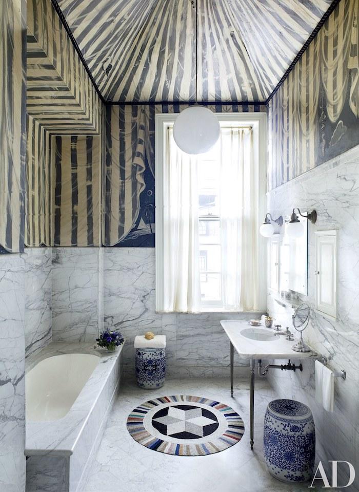 Industriel meuble lavabo, salle de bain design, fonctionnelle salle de bain en marbre belle, vase greque en bleu et blanc