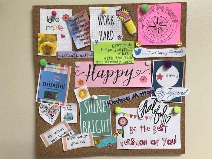 Idee comment faire un tableau de visualisation pour achever ses rêves, liège tableau avec citations pin