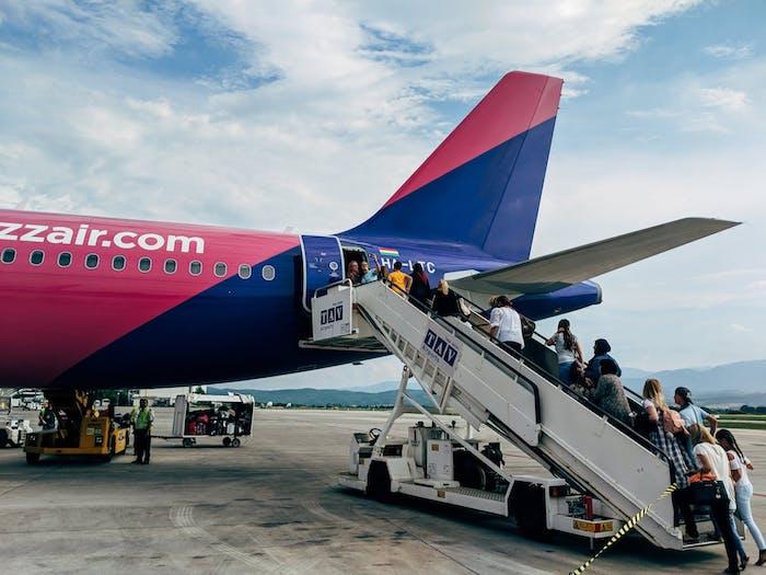 choisir une compagnie aérienne low cost pour un vol pas cher et plus économique
