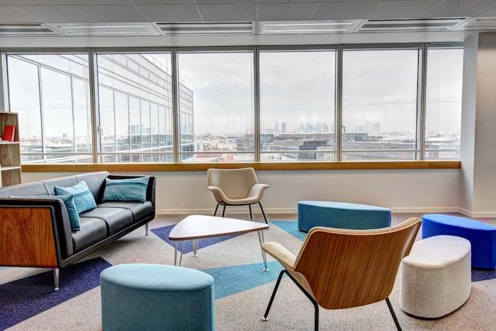 Style année 70 meubles ikea, idée comment aménager l'espace de travail, suivre les tendances bureau