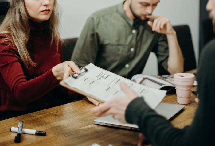 conseils et astuces pour bien rédiger un CV, sur quels points s'arrêter pour écrire un bon CV en 2020
