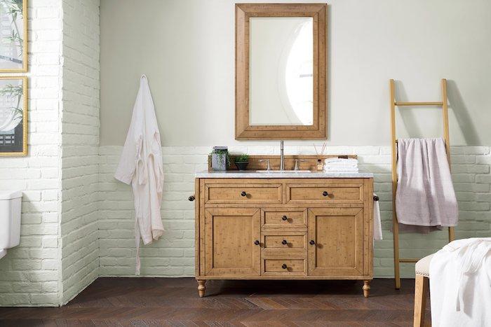 Meuble lavabo en bois, echelle de rangement, idee de salle de bain déco peintures, tendances chez la idee deco salle de bain