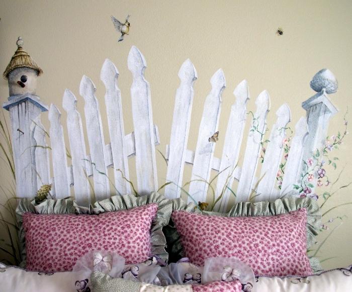 idée de tete de lit a faire soi meme pour une chambre d'enfant, design pièce enfant aux murs beige avec DIY déco murale