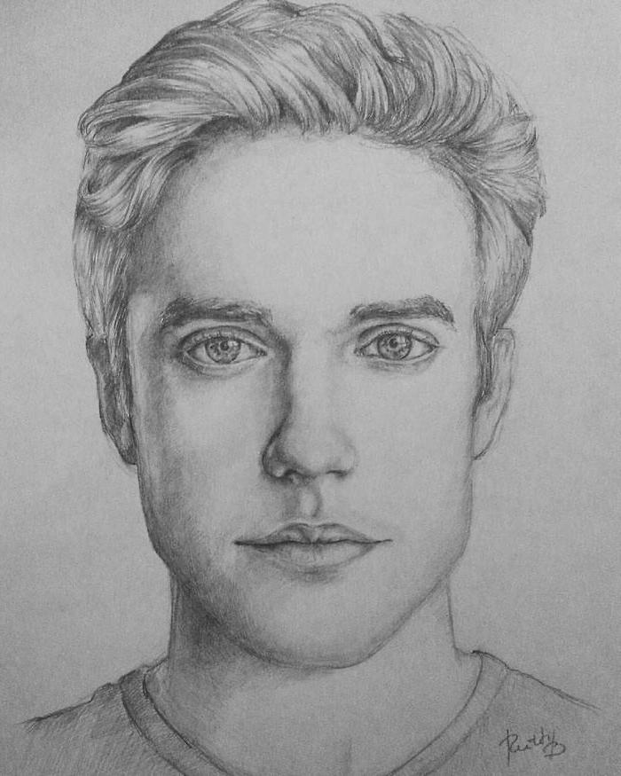 dessin homme réaliste, cheveux courts peignés en arrière, des yeux clairs, nez et bouche proportionnels