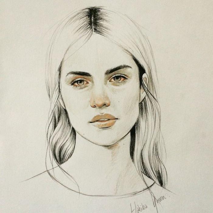 idee portrait femme au crayon de femme aux cheveux longs raie au milieu, des yeux clairs, petit nez au dessus de bouche pulpeuse, contours yeux, nez et bouche rose clair