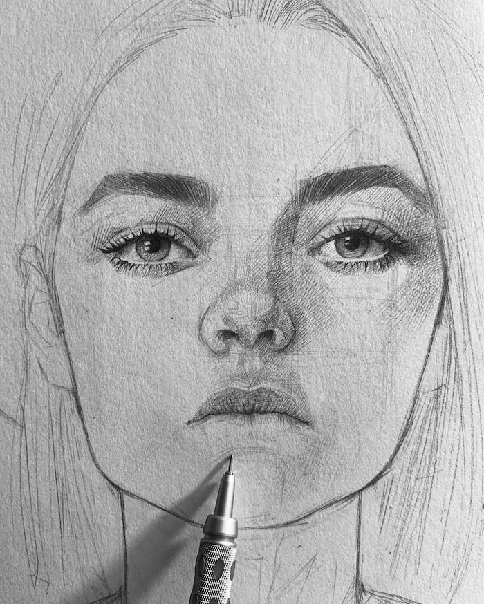 dessin facile a faire pour debutant, fille aux cheveux longs lisses, des yeux grands, petit nez au dessus de petite bouche, visage realiste