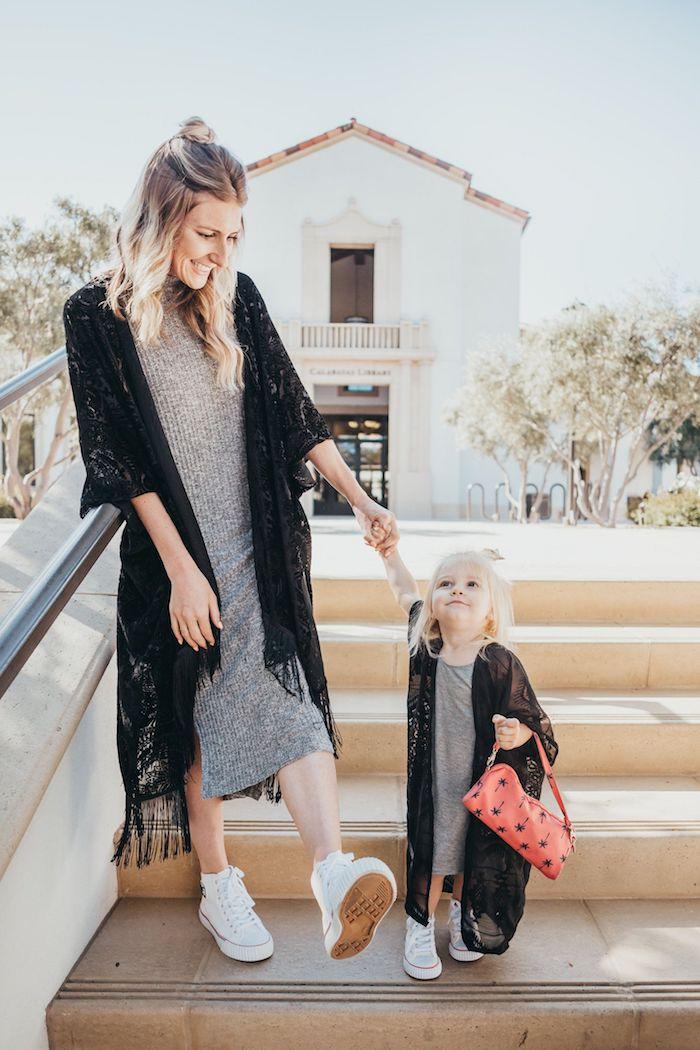 Mi longue robe gris et kimono dentelle noire, tenue mere fille, ensemble mere fille tenue classe femme
