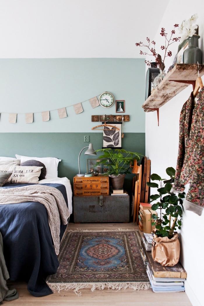 idée comment décorer une pièce moderne de style bohème chic, exemple comment faire une tete de lit avec peinture murale