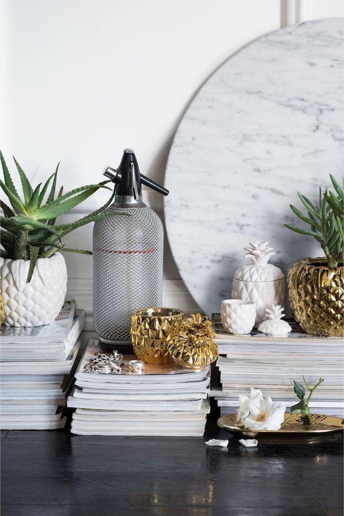 Petites plantes vertes, déco hm home, ananas doré et ananas blanc pot de plante d'appartement, idée decoration chambre boheme