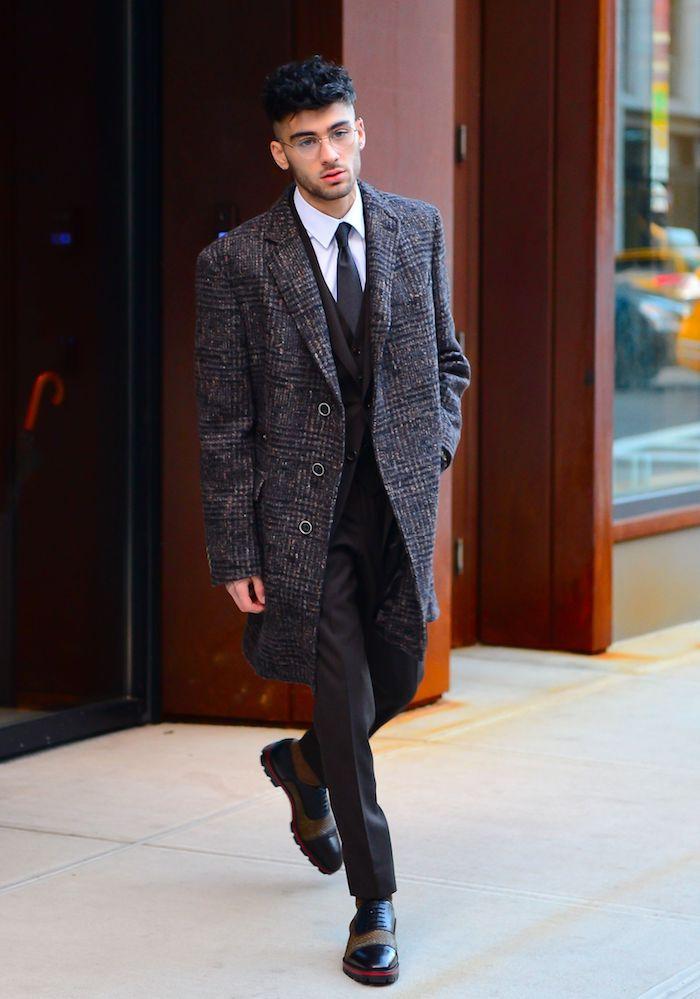 Manteau long homme stylé, tenue élégant costume avec cravate, comment bien s'habiller style homme