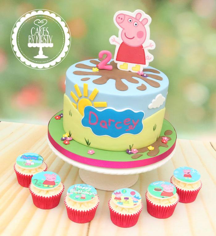 Gourmand dessert gateau joliment décoré et cupcakes gâteau peppa pig, gateau de couches inspiration image