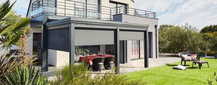 pergola modenre luminov, idée quelle pergola choisir pour amenager une terrasse contemporaine