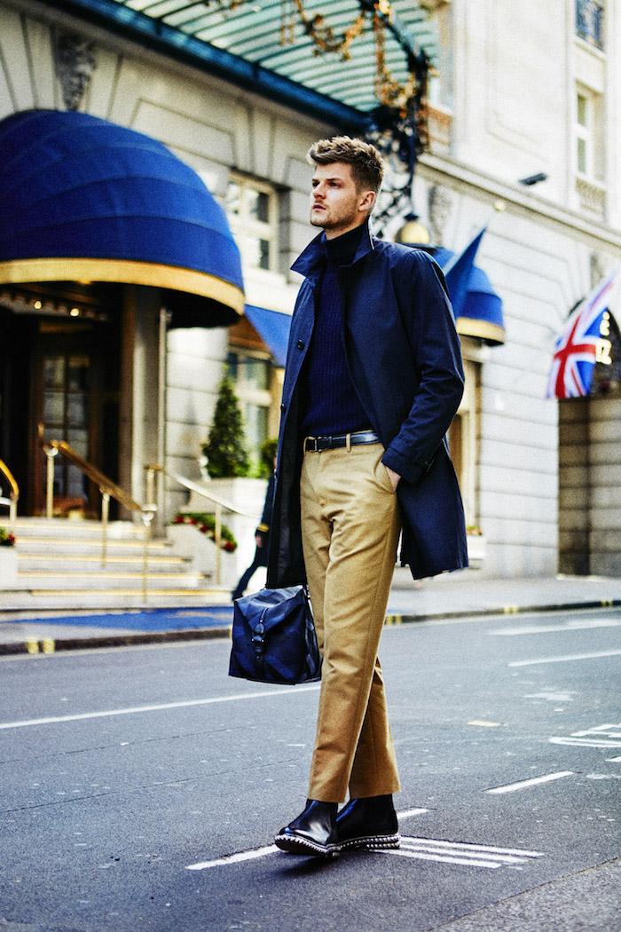 Jim Chaoman look homme, style vestimentaire casual chic homme classe pantalon beige manteau long noir