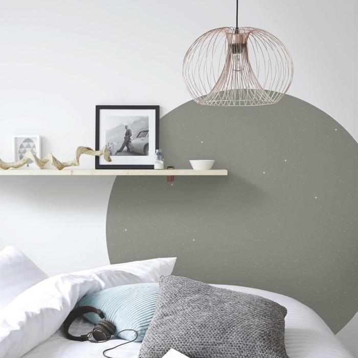 diy tete de lit en forme de cercle gris pour personnaliser les murs dans une chambre à coucher d'esprit minimaliste