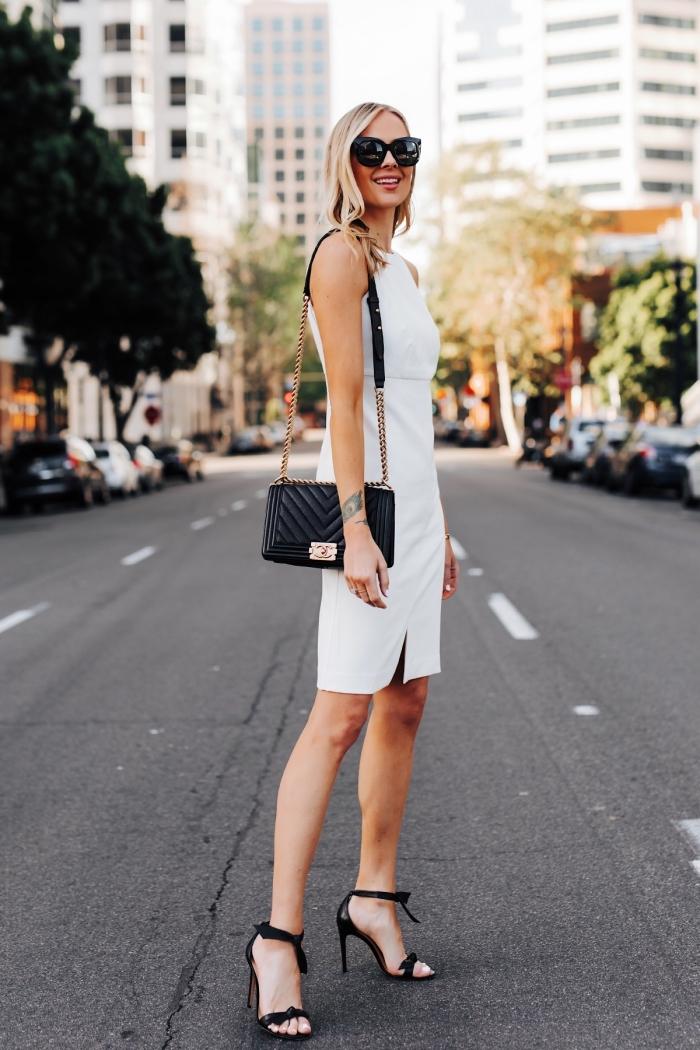 style vestimentaire femme élégant en vêtements blancs et accessoires noirs, idée de robes de soirée chic et classe