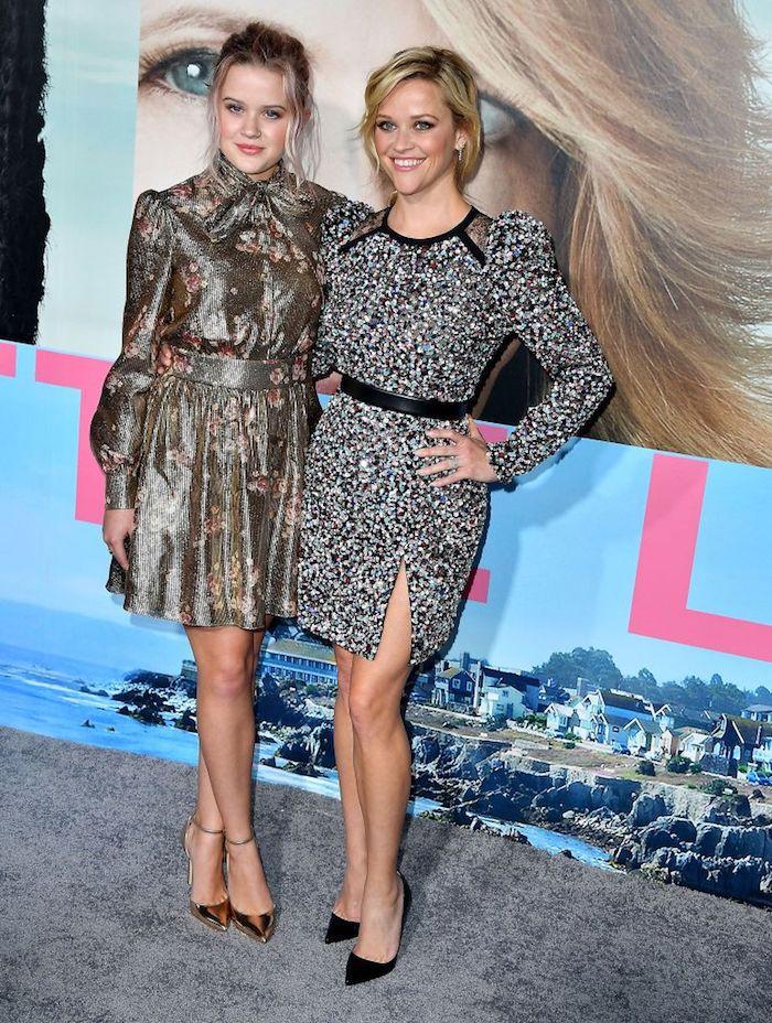 Tendance mini moi avec fille grandie, Reese Witherspoon et sa fille cool robe mere fille, choisir la meilleure tenue mère-fille