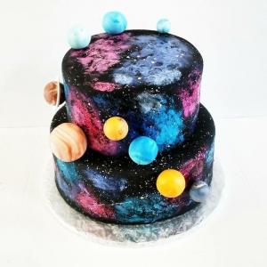 """Tendance gâteau galaxie ou comment faire un gâteau d'anniversaire """"extraterrestre"""""""