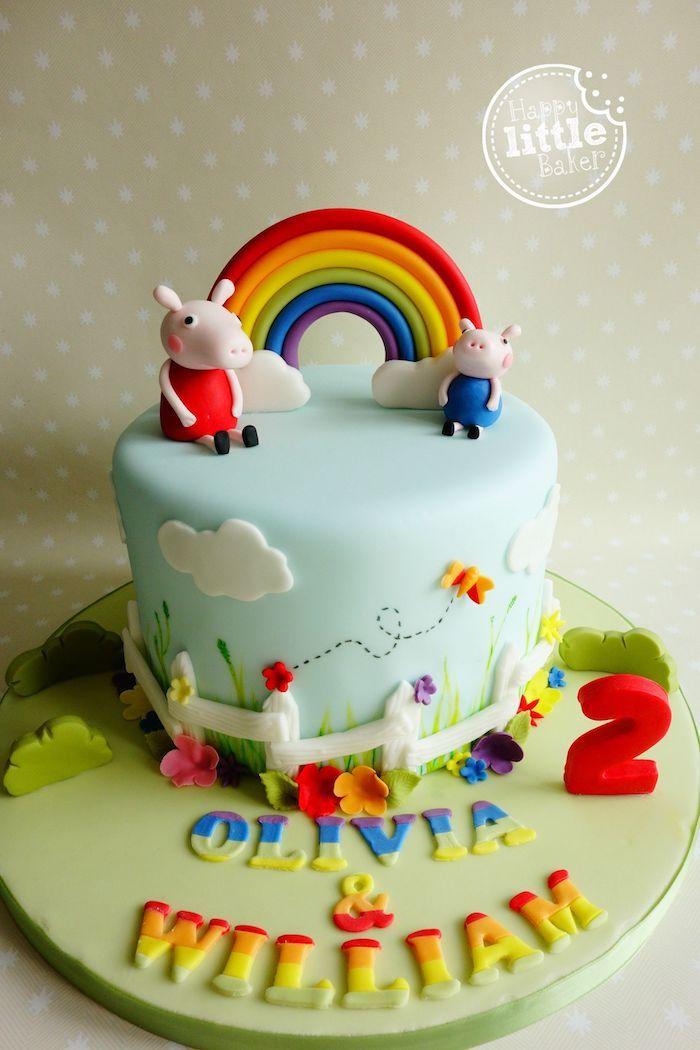 Arc en cien en pate a sucre, dessin cloture et fleurs autour, george et peppa pig figurine, gateau anniversaire peppa pig,