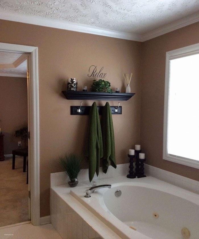 Brun mur peinture pour relaxation, couleur chaude idee de salle de bain, tendances chez la idee deco salle de bain