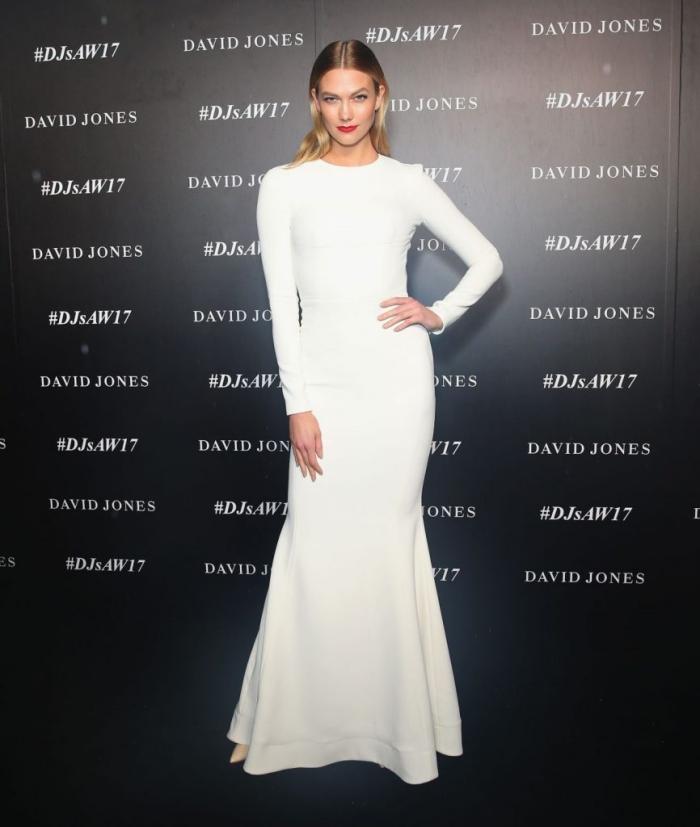 robe longue blanche pour un look de soirée élégant et stylé, quel maquillage avec une robe de soirée en blanc