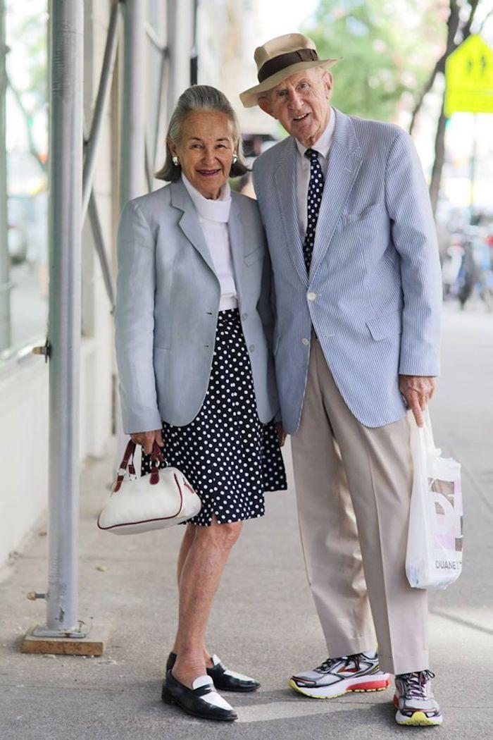 Couple stylé plus de 60 ans comment s habiller, casual chic homme, look homme stylé comment bien s'habiller