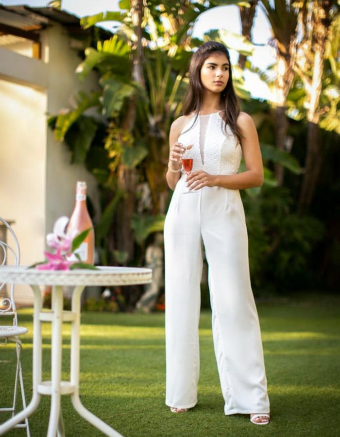 Idée salopette pantalon mariage, tailleur habillé pour cérémonie, tailleur blanc femme moderne