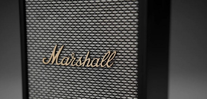 Marshall lance sa nouvelle enceinte bluetooth Uxbridge Voice compatible AirPlay 2 et Alexa