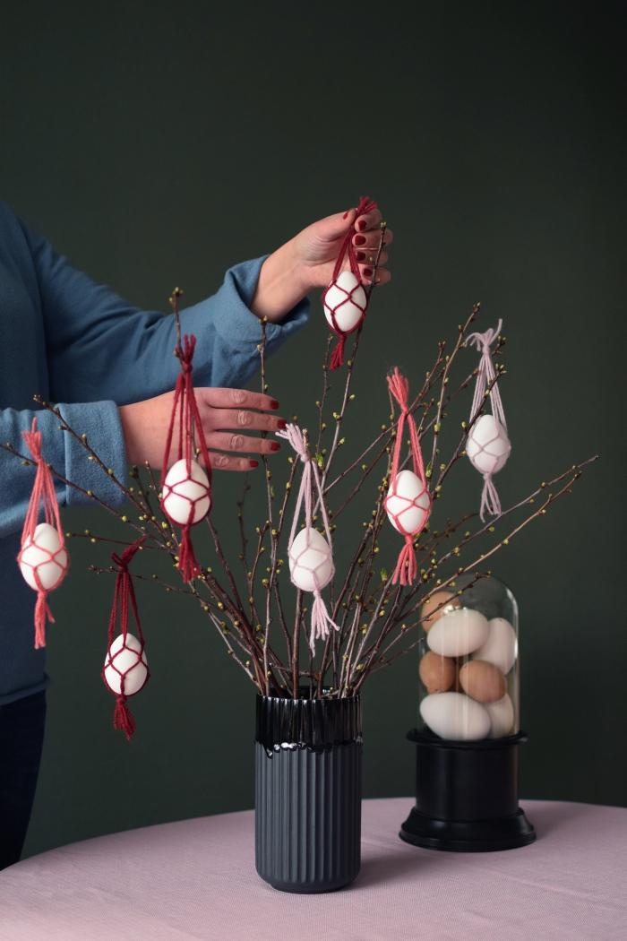 diy mini suspension en macramé pour oeufs de pâques, idée de bricolage de paques pour adultes avec corde macramé