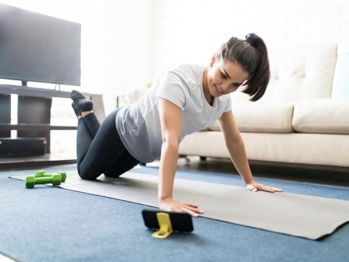 programme sport maison pour entraînement efficace, idée comment pratiquer du sport chez soi sans matériel de sport