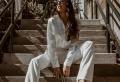 Comment porter un tailleur blanc pour femme