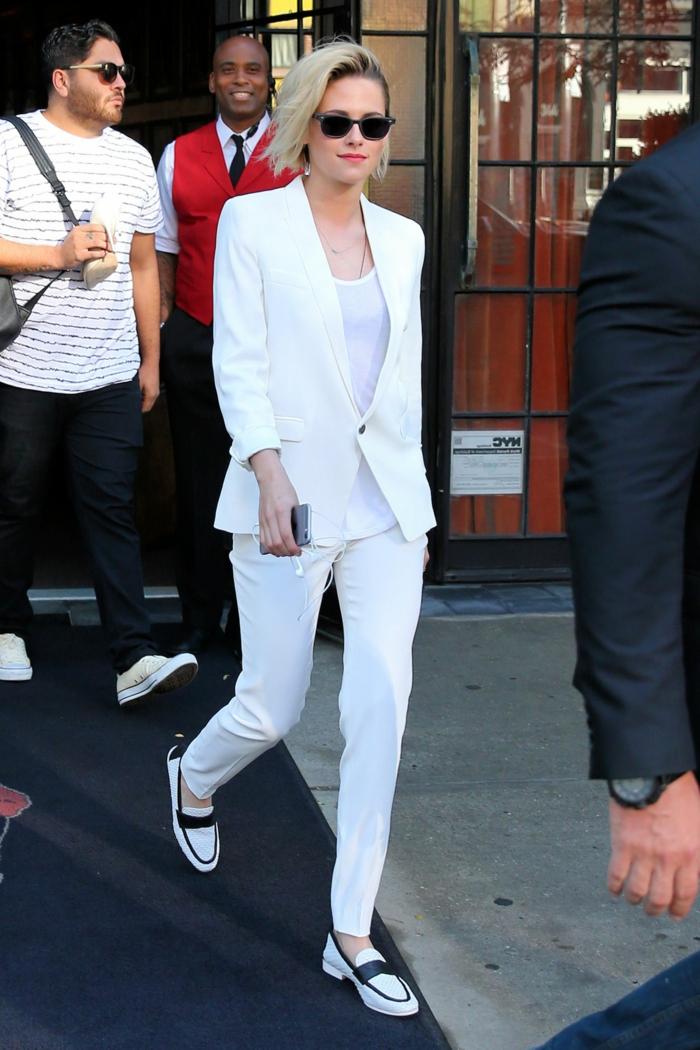 Veste pantalon et t-shirt tailleur pantalon femme, comment s'habiller bien pour une cérémonie