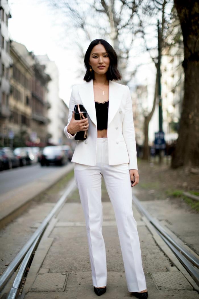 Tailleur blanc haut dentelle veste et pantalon blanc, ensemble tailleur femme, inspiration tailleur pantalon femme à la mode