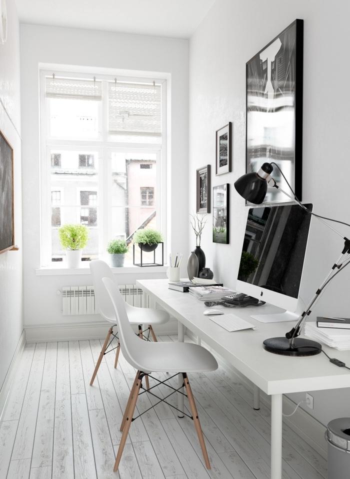 design intérieur tendance minimaliste, exemple de bureau blanc laqué dans un coin travail à domicile avec meubles blancs