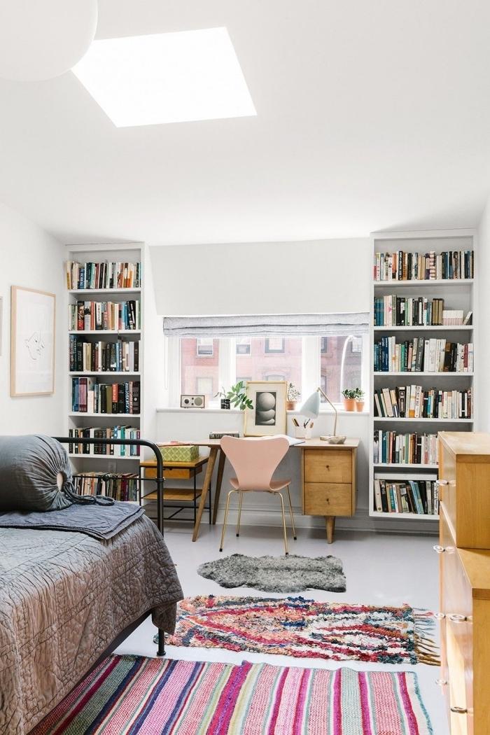comment intégrer un bureau en bois dans une chambre à coucher ou studio, exemple coin espace de travail à domicile