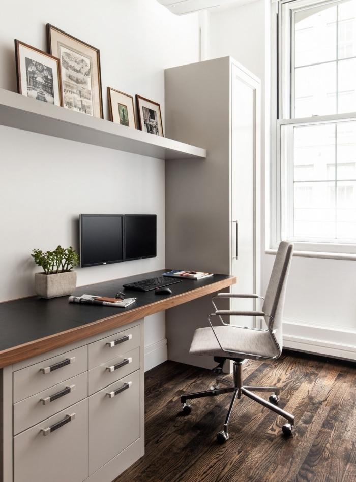 idée comment aménager un bureau en l dans une chambre à coucher blanc et bois, décoration pièce avec coin travail