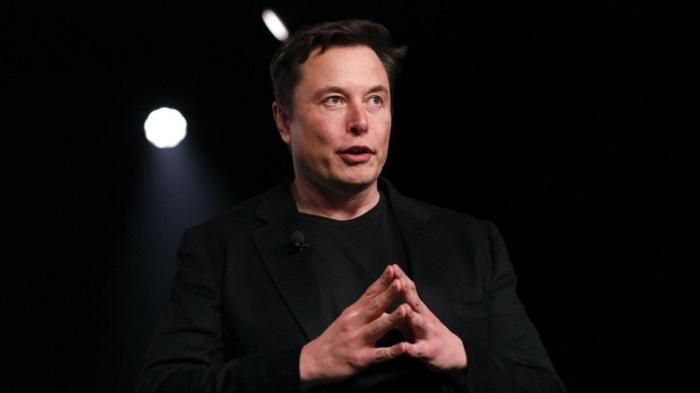 Elon Musk annonce que Tesla pourrait fabriquer des respirateurs artificiels en cas de pénurie
