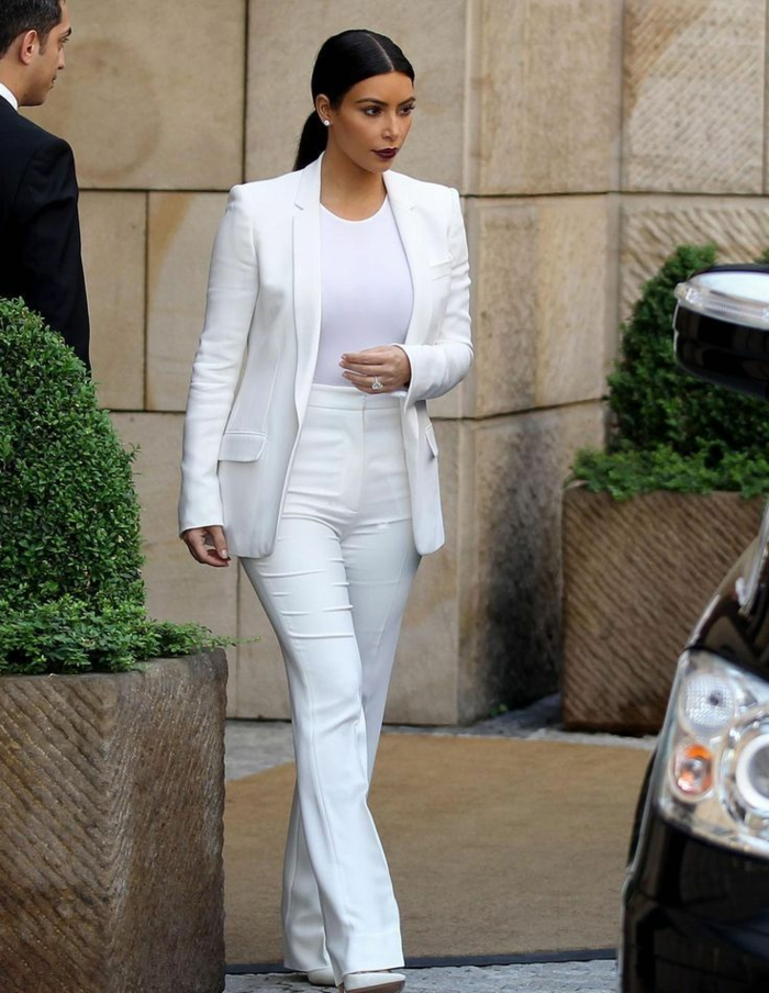 Comment les célébrités portent le tailleur blanc, ensemble tailleur pantalon femme, ensemble tailleur femme inspiration tenue