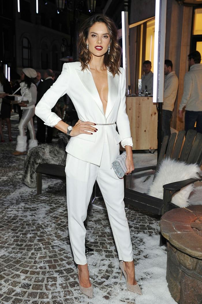 Soirée habillée tenue tailleur pantalon femme, ensemble tailleur femme chic photo style de ville