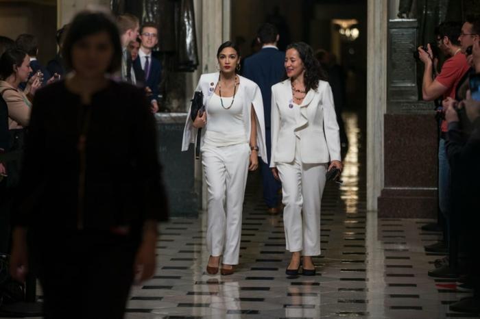 Soirée spéciale, costume blanche pour femme, ensemble tailleur femme, blogueuse ensemble costume femme