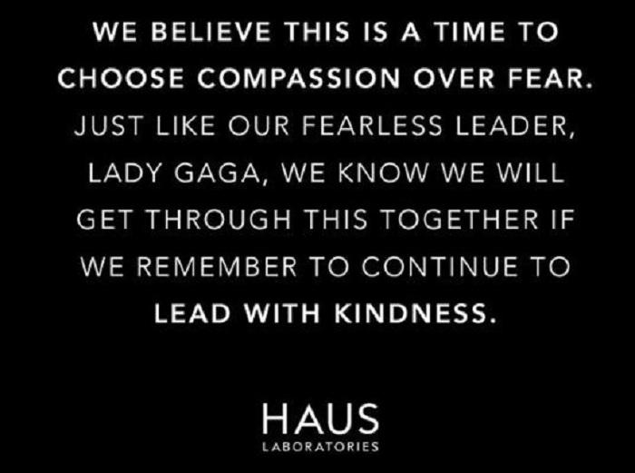 Lady Gaga s'engage à apporer une aide financière dans la crise sanitaire, à travers ses cosmétiques haus Laboratories