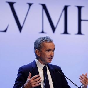 LVMH met ses usines au service des hôpitaux