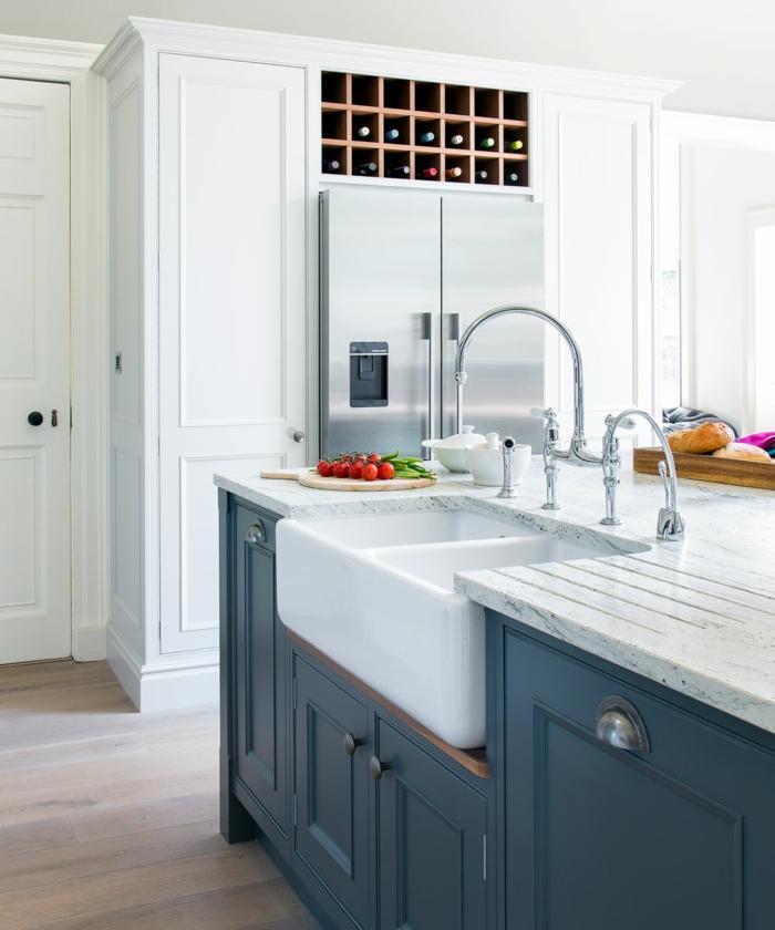 Cuisine blanc et bleu idée couleur cuisine, les plus belles photos meilleure cuisine moderne en association des nuances claires et sombres