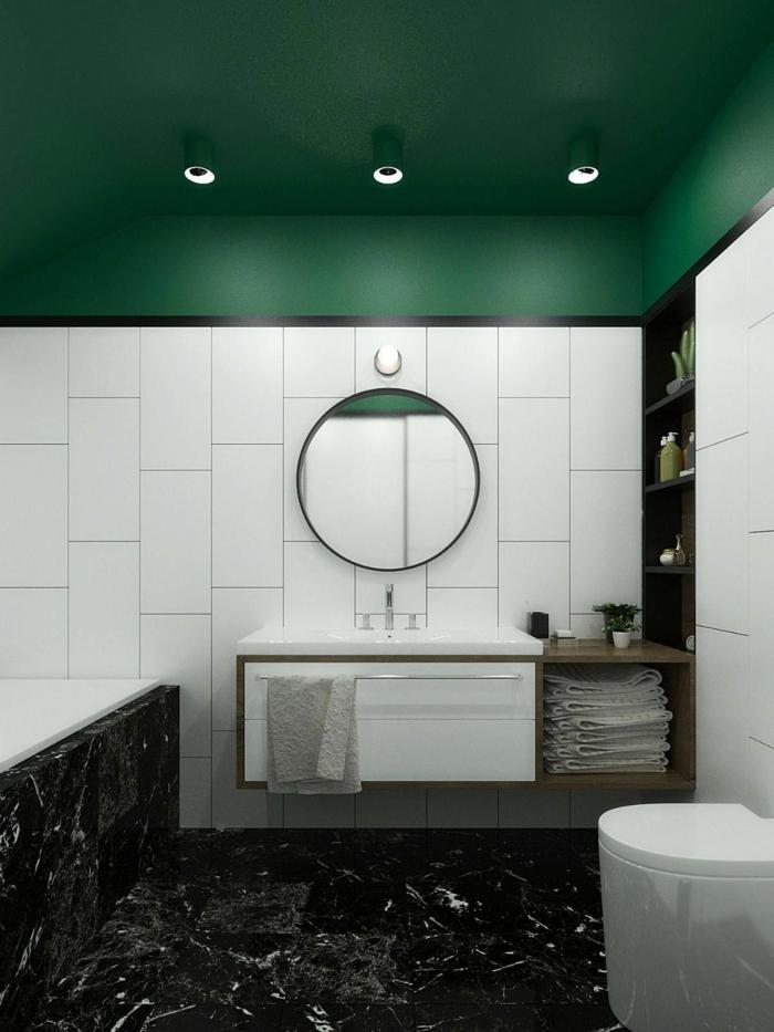 Associer vert au blanc, mariage couleurs marbre noir carrelage blanc et peinture verte, salle de bain verte, comment aménager une petite salle de bain