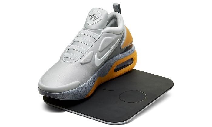 Nike Adapt Auto Max, la nouvelle sneaker autolaçante sortie le 26 mars au Japon