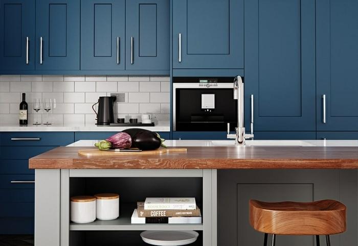 Bois ilot de cuisine couleur bleu nuit, cuisine bleu gris, quelle peinture pour la cuisine bleu sombre