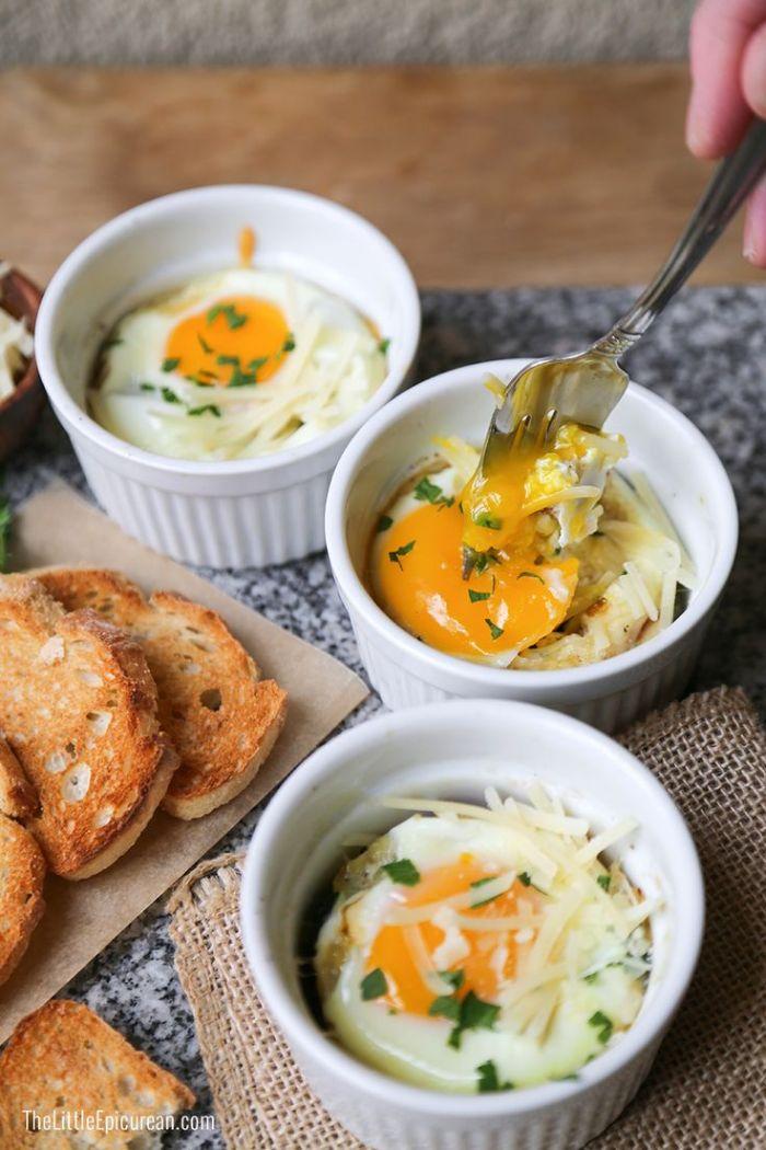 recette oeufs au fromage, epinards et bacon pour votre menu cetogene simple et rapide, quoi manger keto