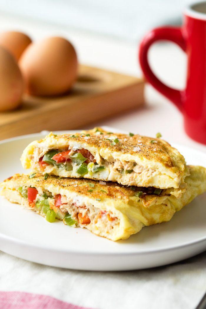 omelette avec farce de légumes et du thon, quoi manger keto pour maigrir recettes équilibrées