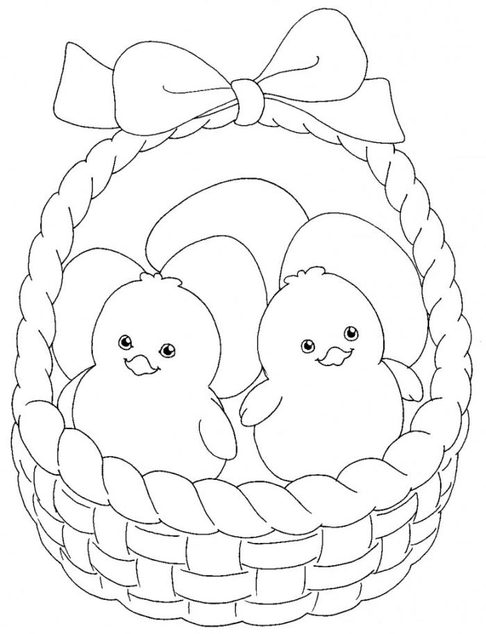 coloriage oeuf de paques simple pour petits, illustration facile à colorier avec deux poulets dans un panier décoré